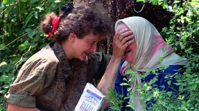 """""""Srebrenitsa devasa bir mezbahaya dönüyor…"""""""