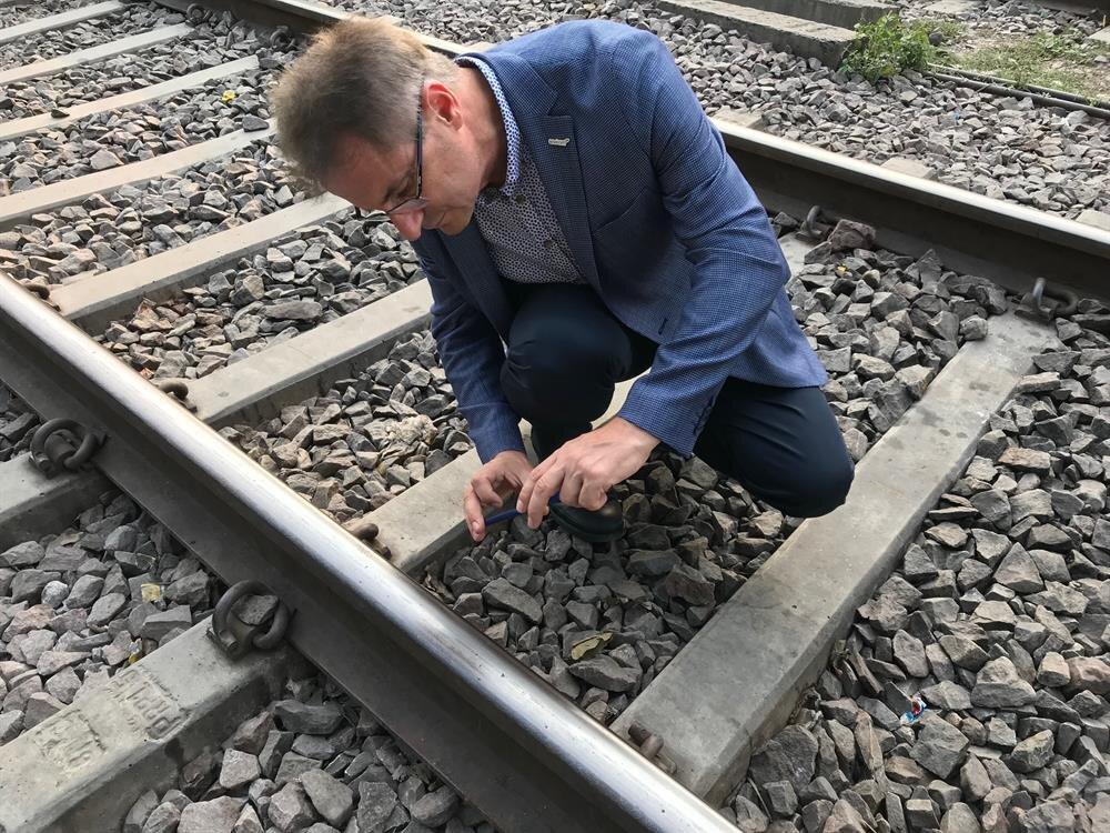 Demiryolları Ray Kırıklarını Algılama Sistemi göreve hazır.