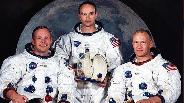 Apollo 11 mürettebatından Neil Armstrong ve Edwin Aldrin Ay'daki ilk insan adımlarını attı