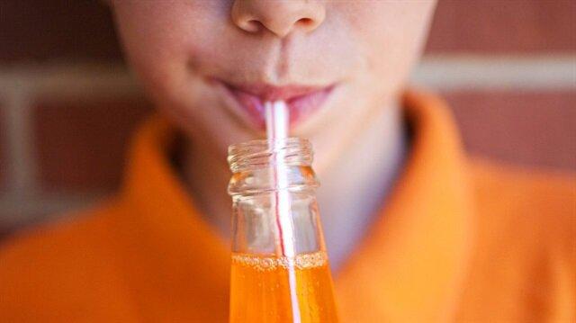 Her gün su gibi tükettiğiniz gazlı içeceklerin, sağlığınızı tetikleyen zararları