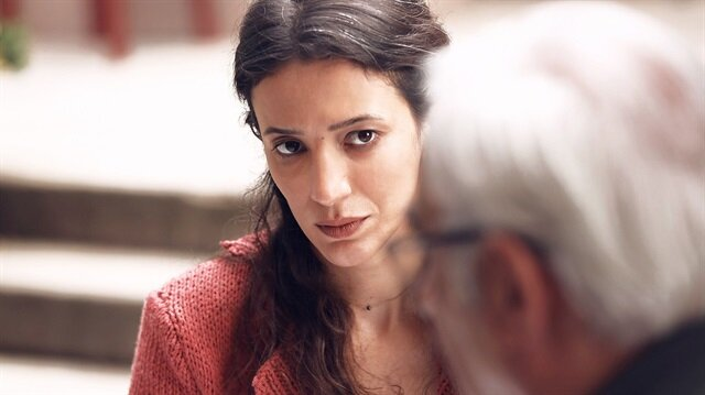 Ünlü oyuncu Nihal Yalçın, İstanbullu Gelin dizisine dahil oldu