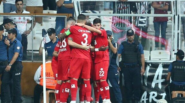 Beşiktaş'ın yediği tartışmalı gol için Kural Kitabı ne diyor?