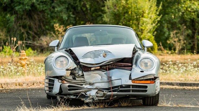 Pert olmasına rağmen yarım milyon dolar eden otomobil: Porsche 959!