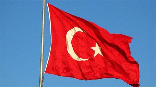 Mahkemeden örnek ceza! Hırsızlık yapan genç İstiklal Marşı'nı ezberleyecek