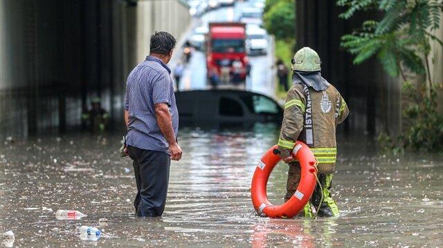 İstanbul'da 10 ilçeye sel uyarısı