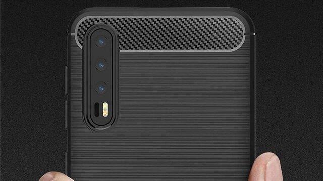 Kılıflar ipucu verdi: Huawei Mate 20, 3 lensli kameraya sahip olacak!