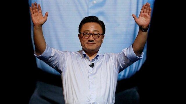 Samsung CEO'su resmen açıkladı: Galaxy S10 bomba gibi geliyor!