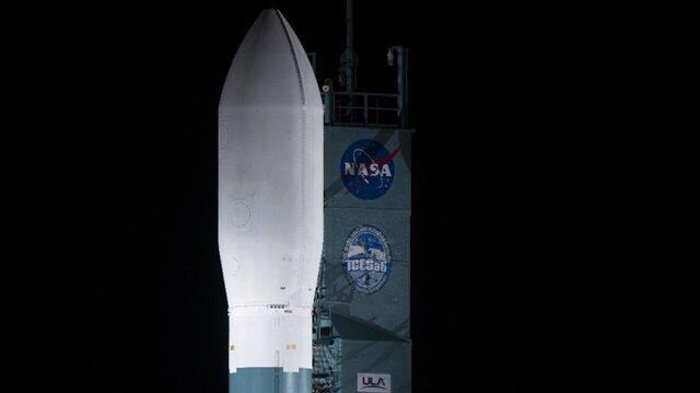 Buzullar denetimde: NASA kontrol uydusunu uzaya fırlattı!