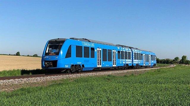 Dünyanın ilk hidrojen enerjili treni raylarda!