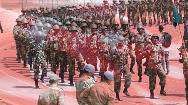 Somali ordusu Türkçe konuşuyor