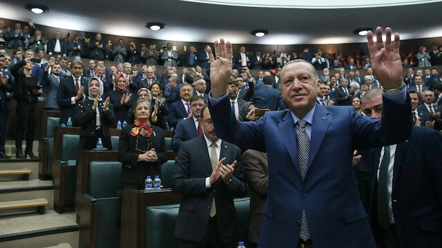 Cumhurbaşkanı Erdoğan'dan 3 Kasım mesajı: Millete hizmette 16 yıl