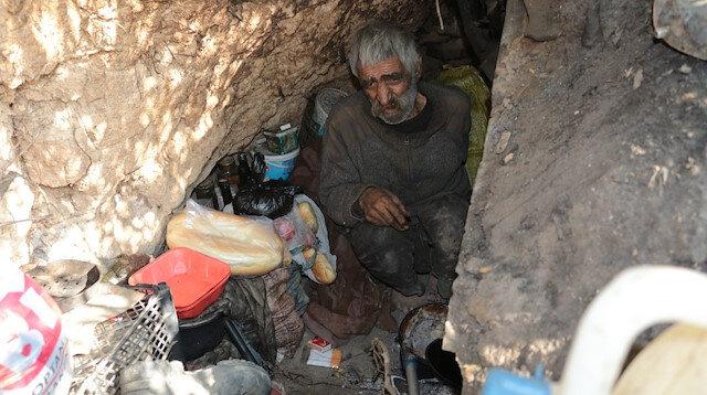 2 dil bilen adam 40 yıldır mağarada yaşıyor