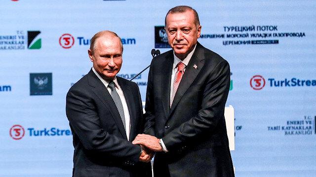 TürkAkım'da tarihi gün: Denizdeki inşaatı sona erdi