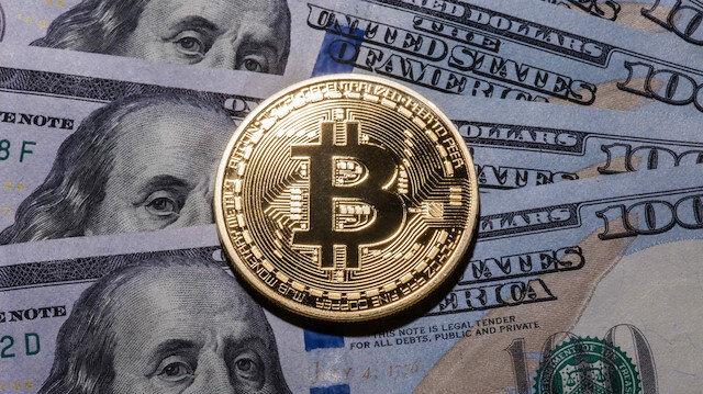 Bitcoin bir yıldır ilk kez 5 bin doların altına geriledi
