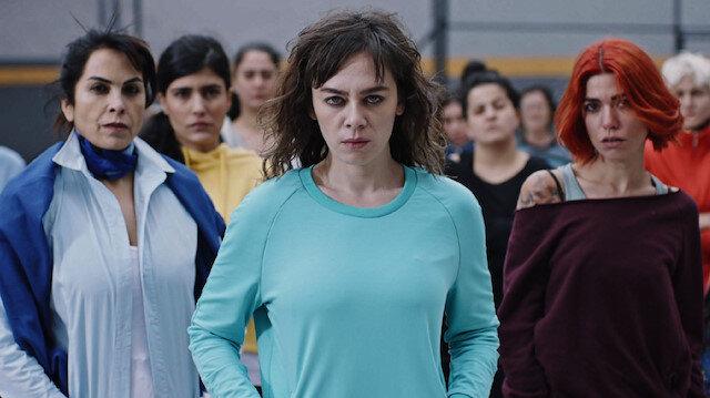 Oyuncu Sevda Dalgıç Avlu dizisinin kadrosundan çıkartıldı