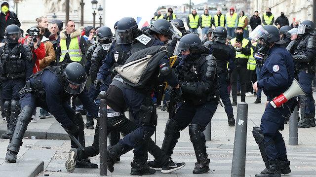 Fransa'da polisten sarı yelekliler'e sert müdahale