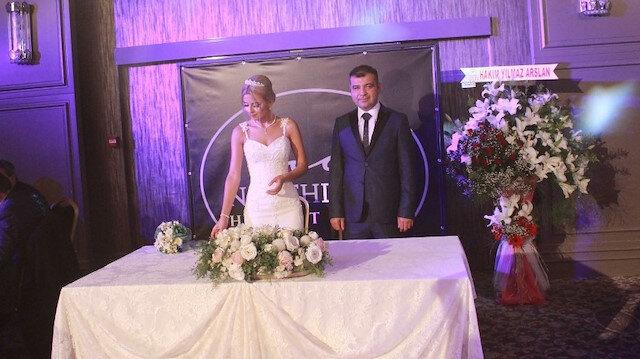 Bartın Vali Yardımcısı Erkan Kalender bir hafta önce Enise Anül ile Amasra evlenmişti.