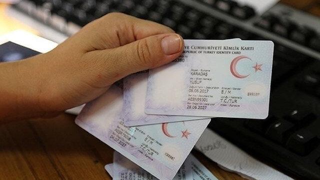 Kimlik kartı ve sürücü belgesi için randevu süresi indiriliyor