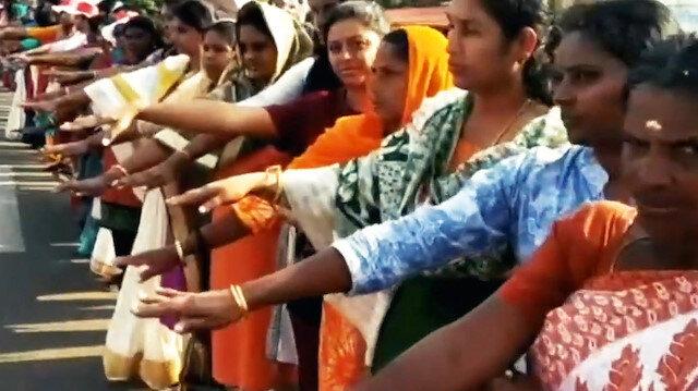 5 milyon kadından 620 kmlik insan zinciri