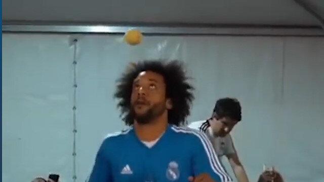 Marcelo tenis topuyla şov yaptı