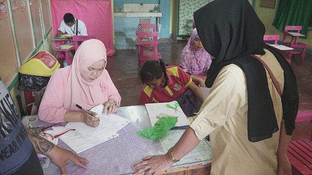 Moro Müslümanları özerklik için tarihi referandumu sorunsuz sona erdi