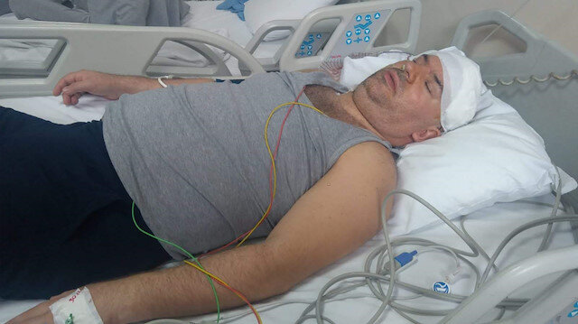 Ameliyatta beyni delinince komaya girdi