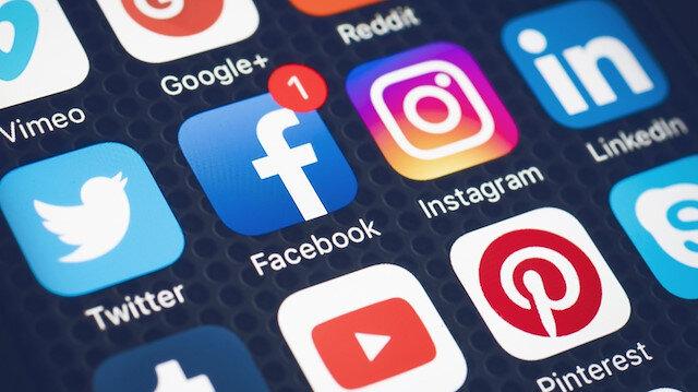 Sosyal medyanın en büyük zararı bağımlılık değil