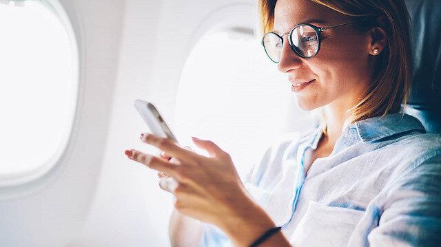 Uçakta cep telefonunu kapatmayan yolcuya 2 bin 124 TL ceza