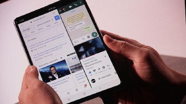 Samsung'un katlabilir telefonu Galaxy Fold resmen tanıtıldı