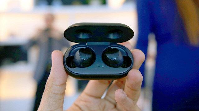 Samsung'un kablosuz kulaklıkları Galaxy Buds resmen tanıtıldı