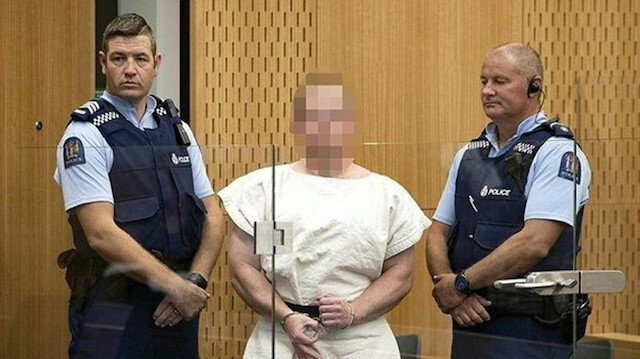 Yeni Zelanda katliamcısı şikayetçi oldu