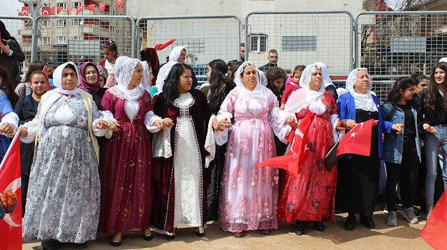 Seçimin en dikkati çeken ili: Şırnak'ta halk zaferi halaylarla kutluyor