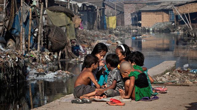 Bangladeş'te 19 milyon çocuk tehlike altında