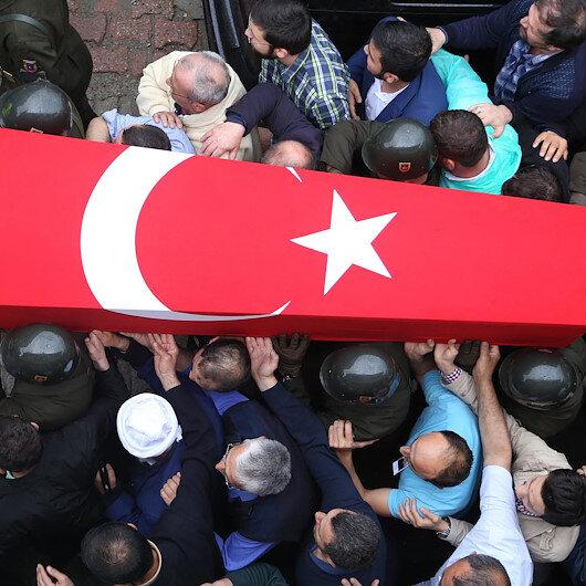 Zeytin Dalı harekat bölgesinde yaralanan askerimiz şehit oldu