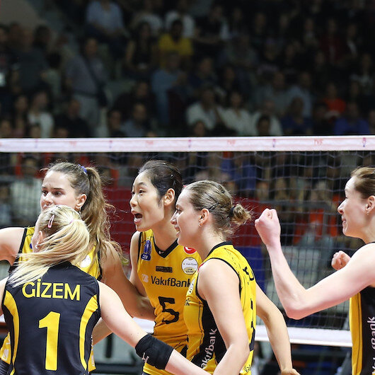 Volleyball: Vakifbank women's team claims league title