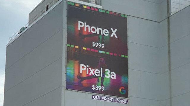Google iPhone ile dalga geçen bir afiş hazırladı