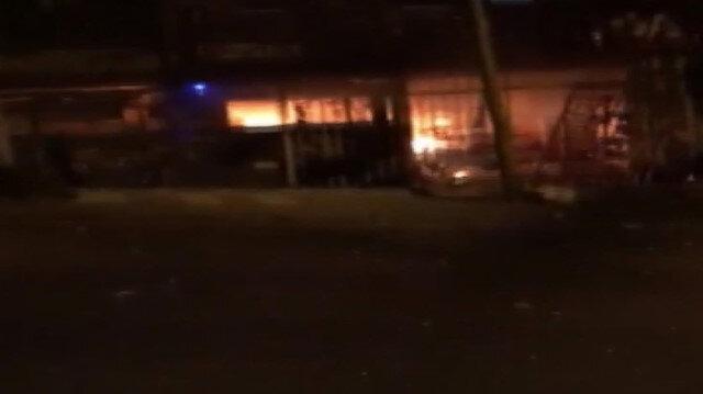 Bağcılar'da markette önce patlama sonra yangın