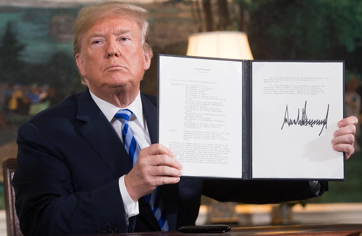 ABD Başkanı Trump, Türkiye'nin S-400 alması halinde yaptırımları imzalayacağını daha önce de çok kez dile getirmişti.