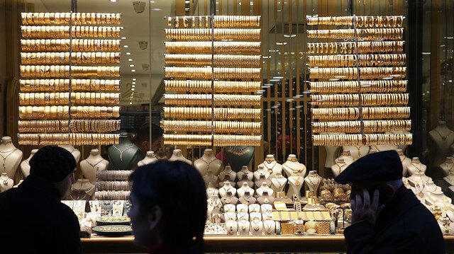 Gram altın 249 lira seviyelerinde