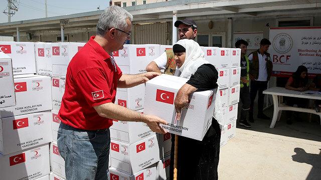 Türk Kızılaydan Yemen'deki iç göçmenlere gıda kolisi