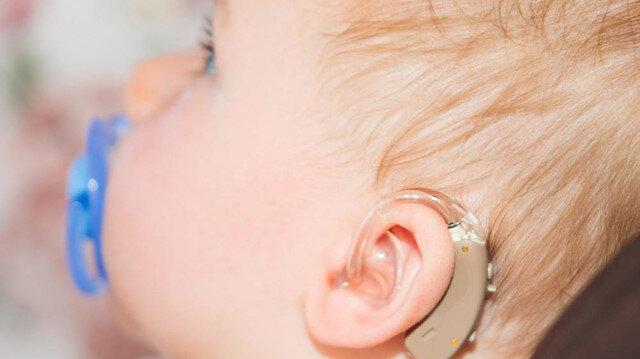 İşitme cihazı çalınan küçük çocuk yeniden duyacak