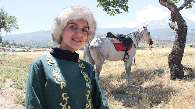 Cam silerken 6. kattan düştü: At sevgisiyle hayata tutundu