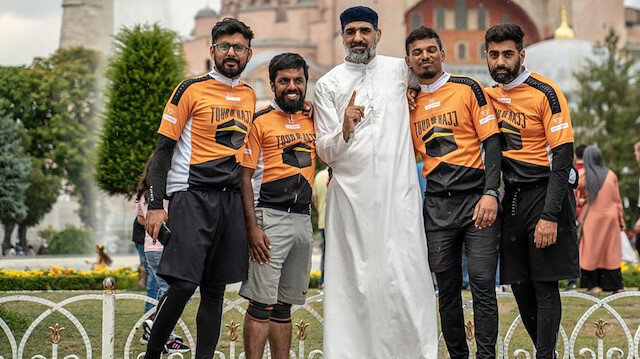 İngiltereden Kabeye dönen pedallar İstanbulda mola verdi