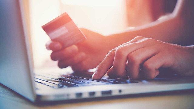 Kartlı ödemeler yılın ilk yarısında 455 milyar liraya ulaştı