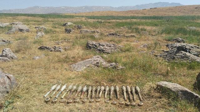 14 mayın ve 18 roketatar ele geçirildi.