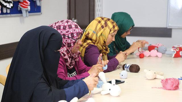 18 ülkeden göçmen Konya'da meslek öğreniyor