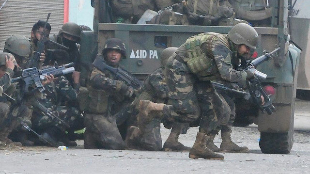 Filipinler'de ordu ve komünistler arasında çatışma: 4 ölü