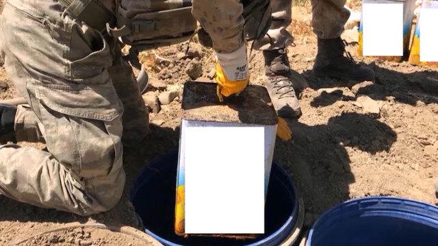 Vanda PKK barınağında silah ve mühimmat ele geçirildi