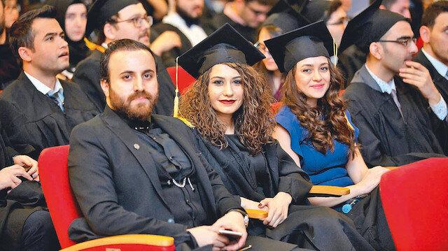 328 öğrenci daha yurt dışı yolcusu