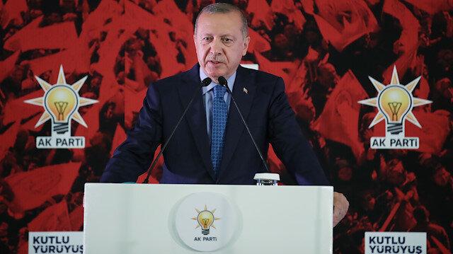 Erdoğan: Bu kutlu çatının altından ayrılanların esamesi okunmayacak